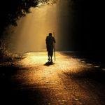 homem-caminhando
